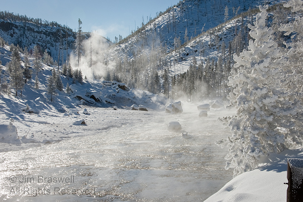 Yellowstone winter scenery