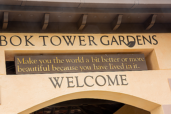 Bok Tower Gardens welcoming sign