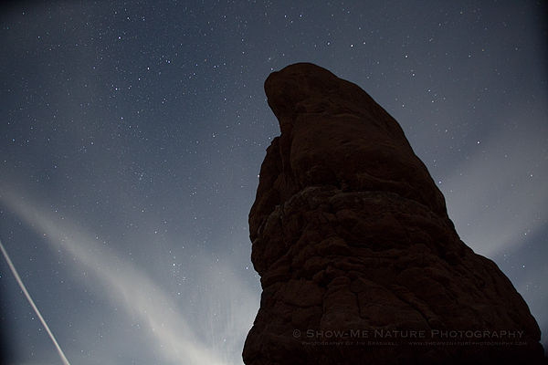 Star Points and a Jet Contrail at Balanced Rock